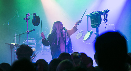 LIVE REVIEW: HAYLEY KIYOKO @ THE ROXY