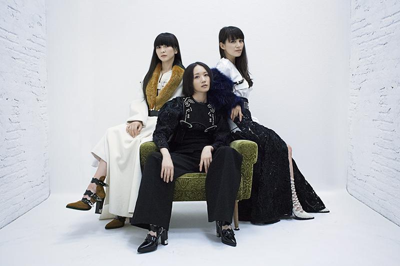 ladygunn-perfume-6